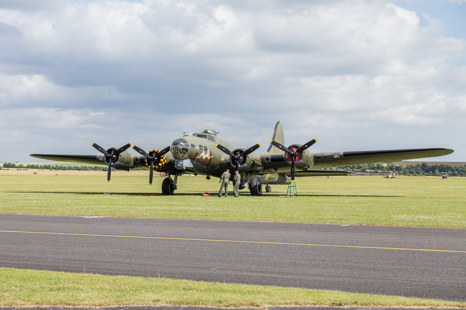 large.58d8fff6b18b5_DuxfordAirLegends201