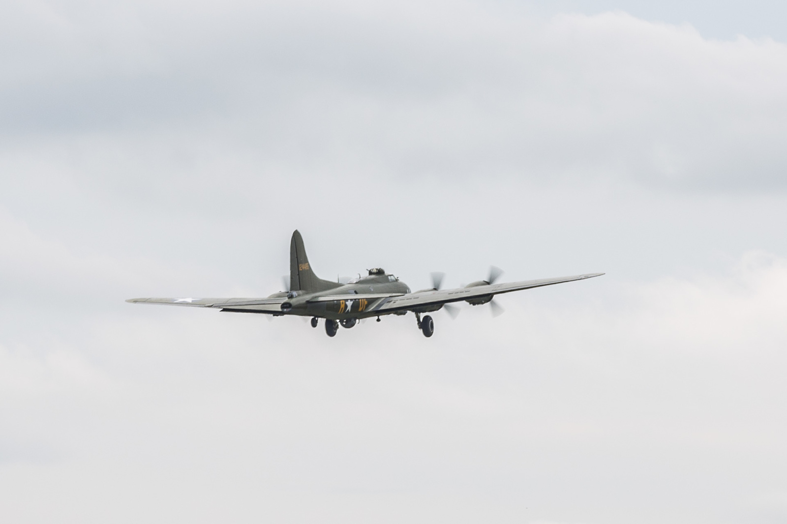 large.58da95a5e04cb_DuxfordFlyingLegends